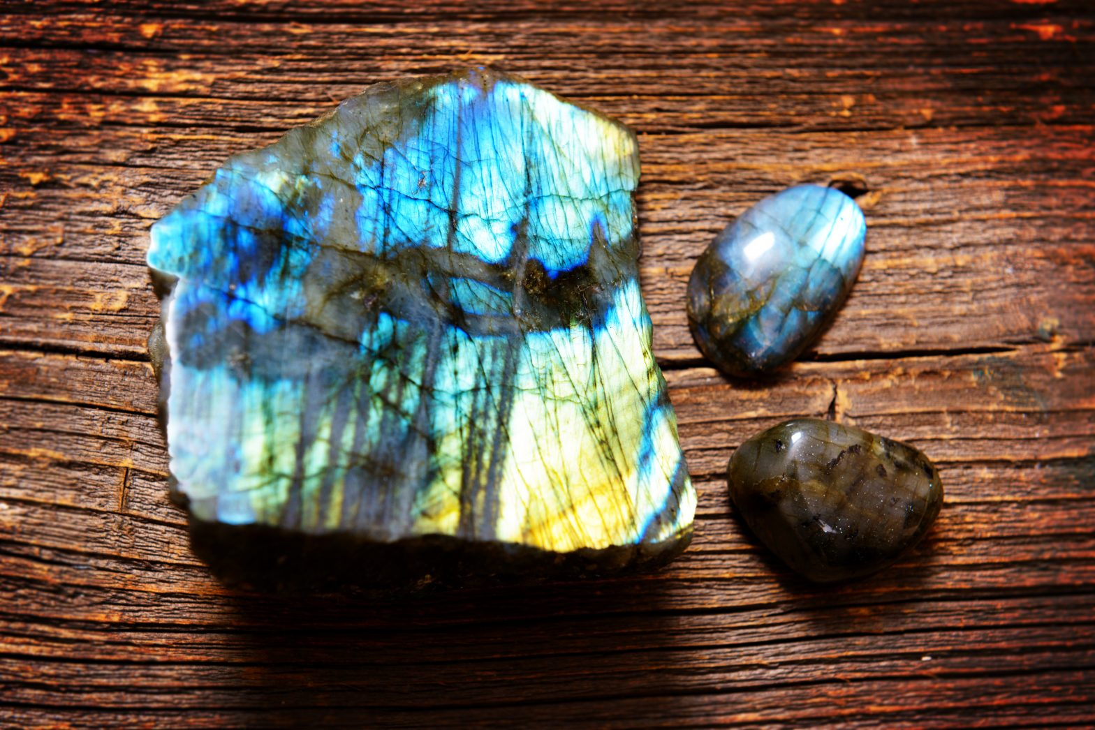 Labradorite Crystal for Third Eye Magic, Mystery and Love Protection